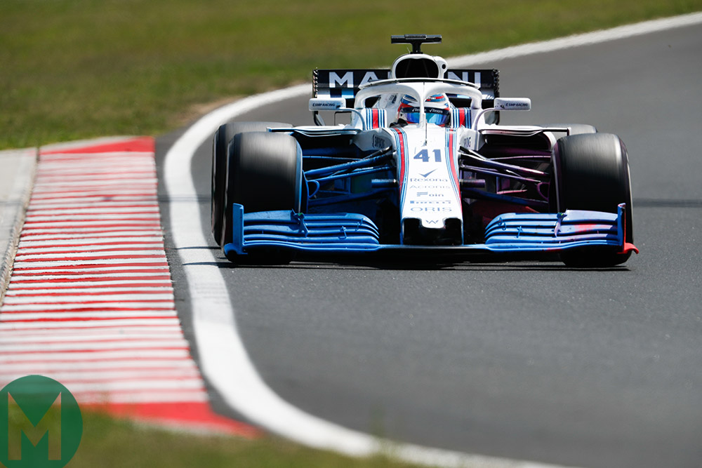 Williams tests the revised front wing