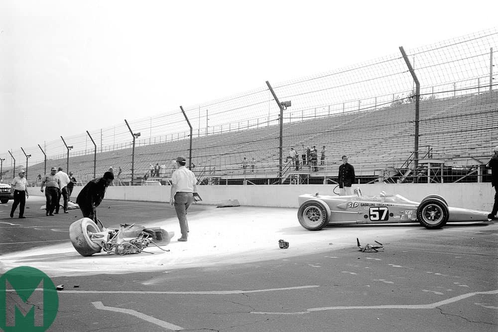 Mario Andretti crash, 1969 Indy 500 practice