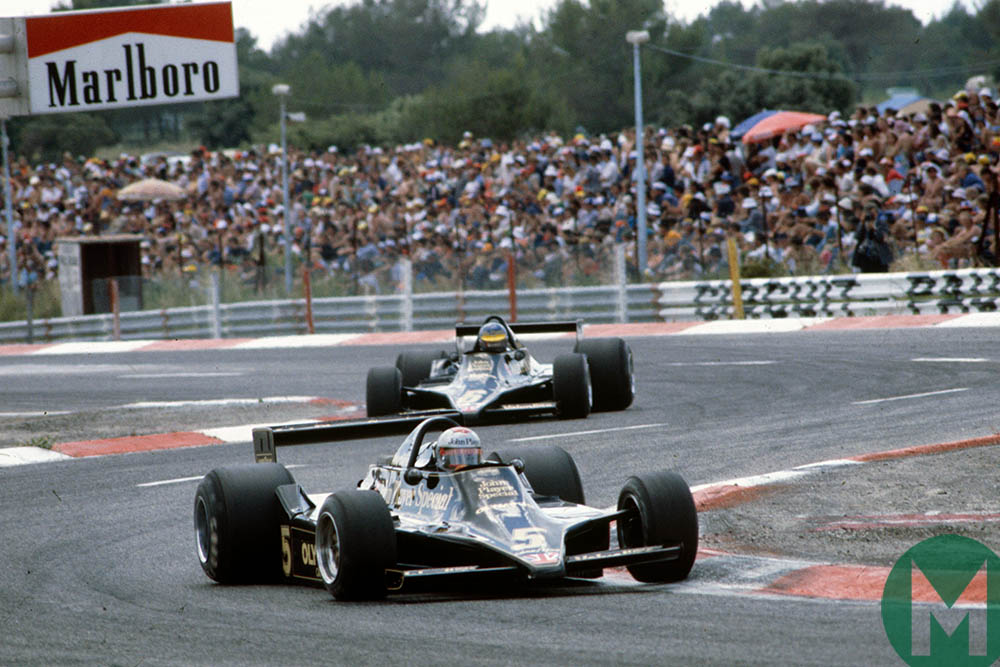 Mario Andretti leads a Lotus 1-2 at the 1979 French Grand Prix
