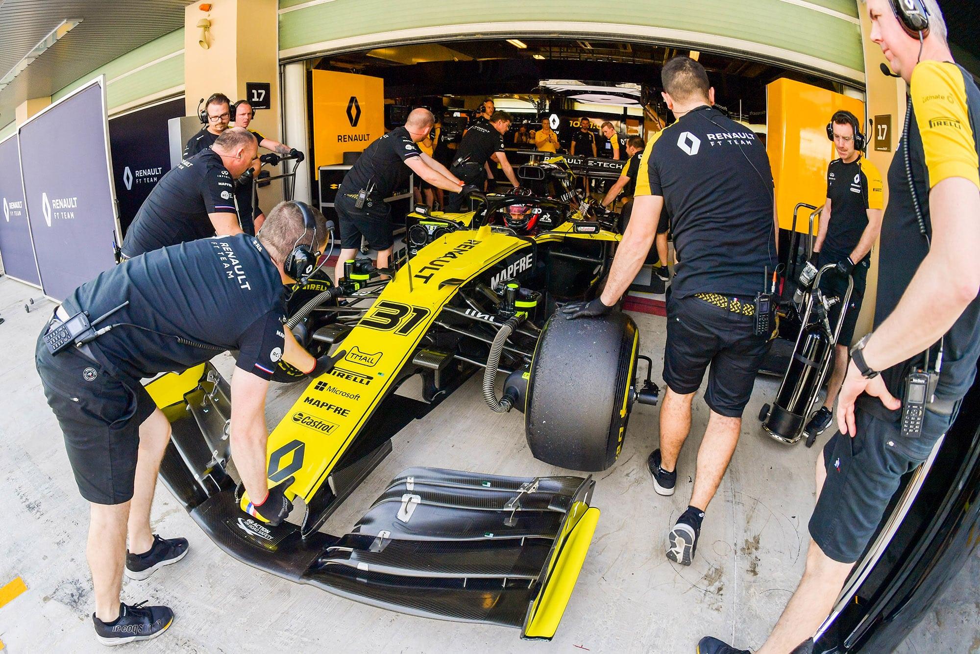 Esteban Ocon's Renault in 2019 F1 end-of-season testing